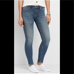 VIGOSS skinny jeans / Brand New With Tags